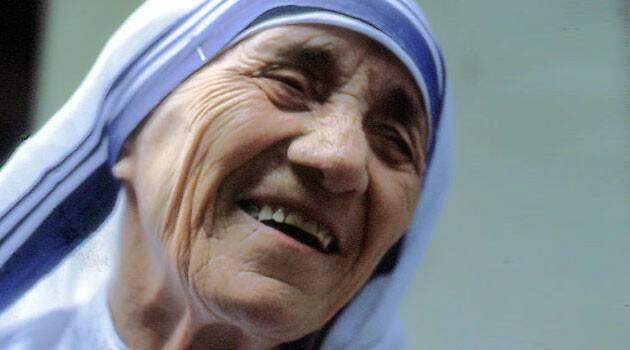 La Santísima Virgen María Y Jesús Piden A Madre Teresa Enseña A