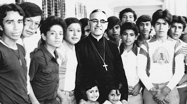 Beato Romero together with Equips De Formacio Frater Barcelona Castanyada likewise Santo Romero De Las Americas Oscar moreover Monsenor Prette Pidio Unidos Mejorar Calidad Servicios as well Santo Tomas. on monsenor romero dia de santo