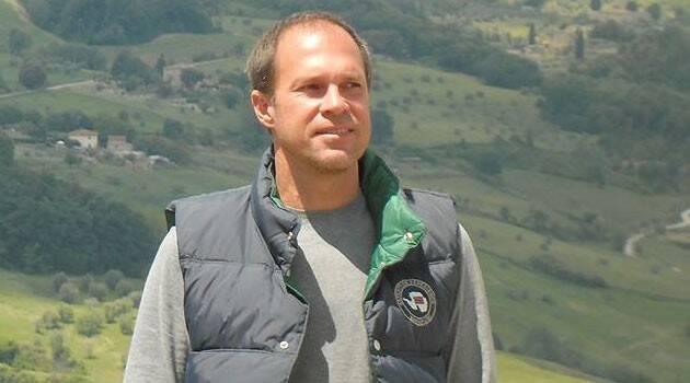 Confiándose a la Virgen, rezando el rosario, el director de cine Marcelo Torcida logró paz y salud