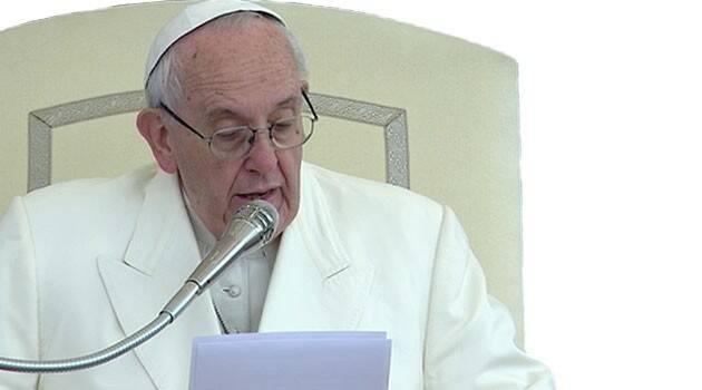 Papa Francisco critica a quienes van a misa a 'chismear'