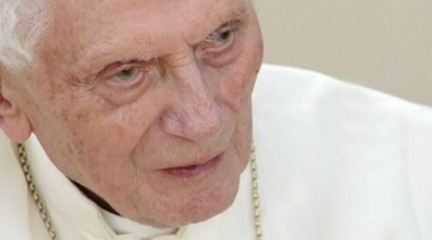 La advertencia de Benedicto XVI al papa Francisco sobre el celibato
